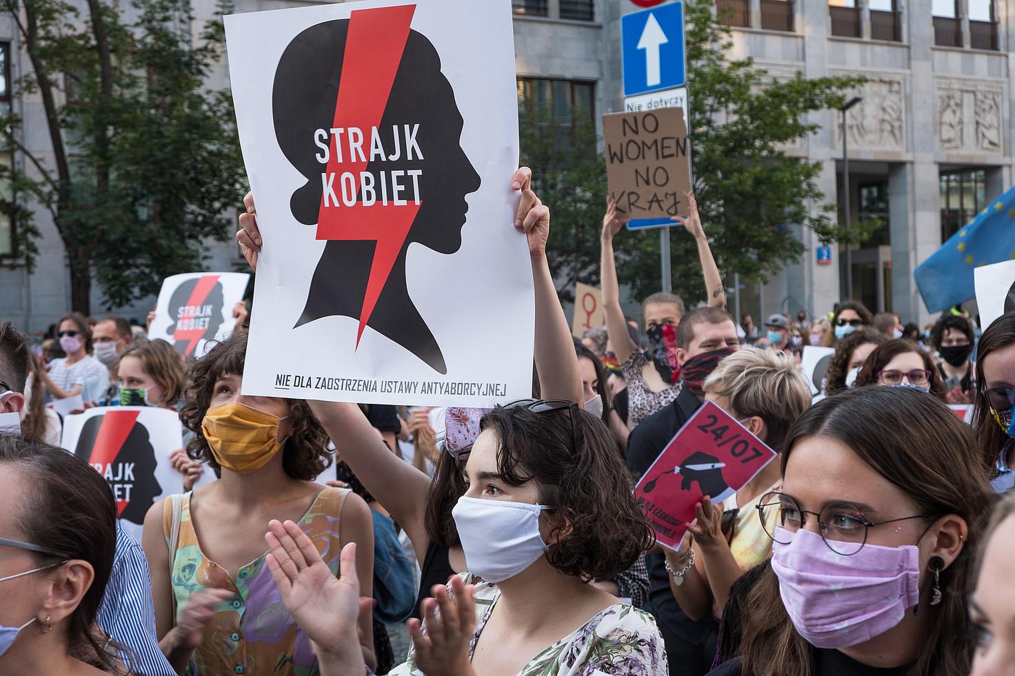 Manifestación de mujeres a favor del aborto en Polonia